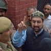 Mirwaiz, Malik detained before 'dharna'