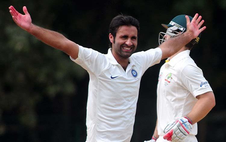 Kashmir's two ace cricketers spar over matting versus turf wicket debate