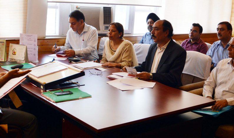 Advisor Ganai for bridging gap between farmers, agri dept