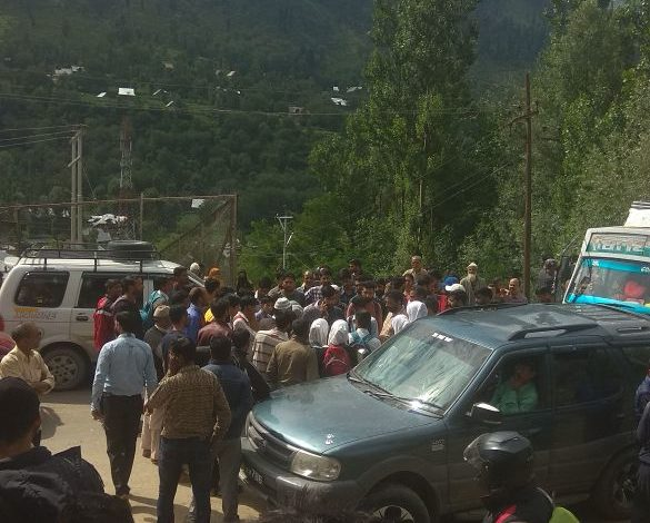 Every year around 1000 people die in road accidents in Jammu and Kashmir