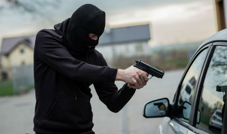 Unknown Persons Steal Car From Pulwama Village