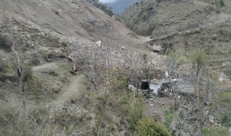 Seven families shifted to safer places after massive landslide hits Rajouri village