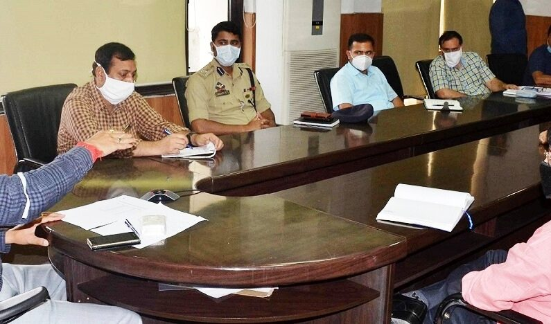 'Focus on vegetable sellers, shopkeepers, barbers, other target groups': Div Com asks DC's