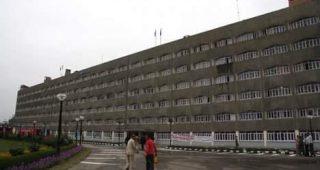Govt to hoist 'Tricolour flag' on Aug-15 in all school buildings across J&K