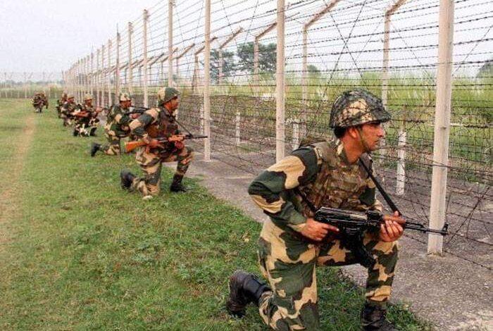 Indo-Pak armies trade gunfire along LoC in Poonch