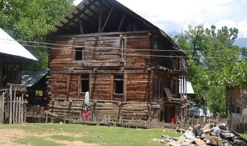 House of famous religious scholar Anwar Shah Kashmiri in ruins