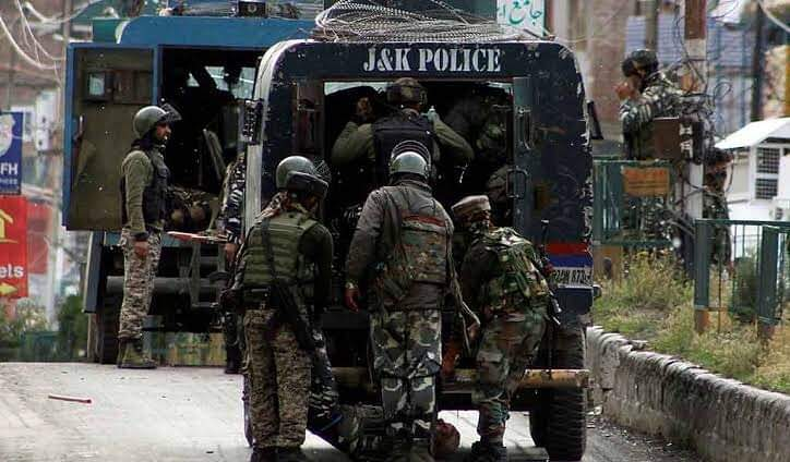 100 political leaders, workers, OGWs to face preventive detention, PSA in Kashmir