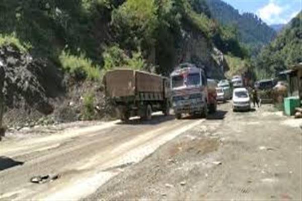 Vehicular movement barred on Srinagar-Jammu highway on all Fridays till Nov 30