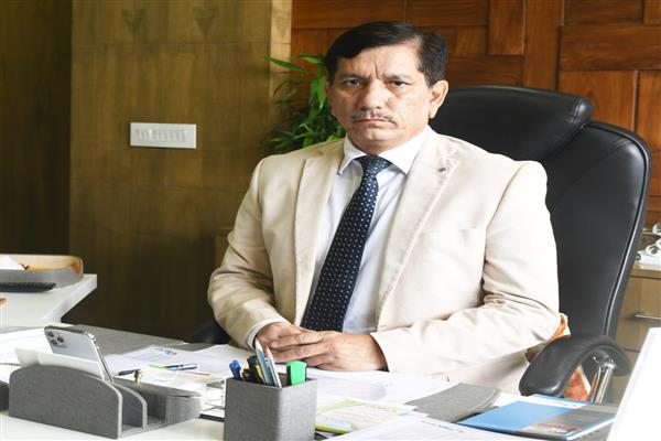 'Will stand with business community in all eventualities': Chhibber
