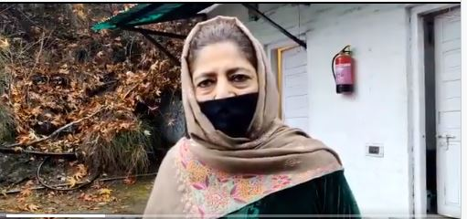 2 PDP leaders detained, Mehbooba hits out at govt