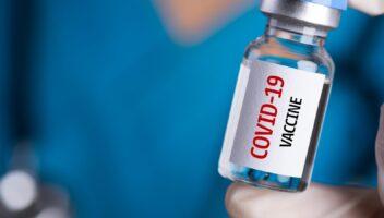 Covid-19: Vaccines 'vanish' in Kashmir