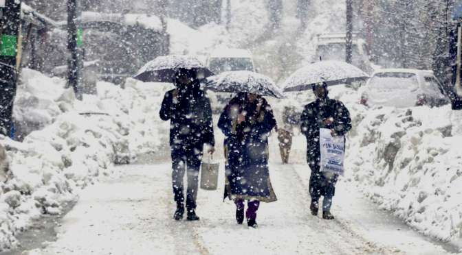 Kashmir to receive fresh snow spell from Friday evening