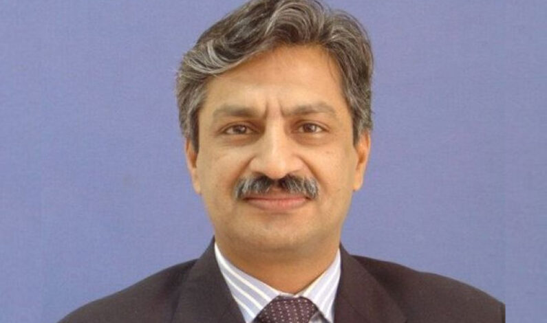 Unknown gunman shot and injured journalist Absar Alam in Islamabad