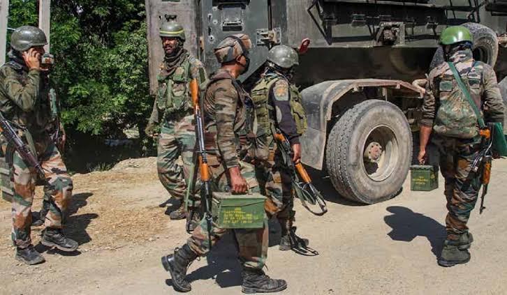 Gunfight Starts In South Kashmir's Kulgam District