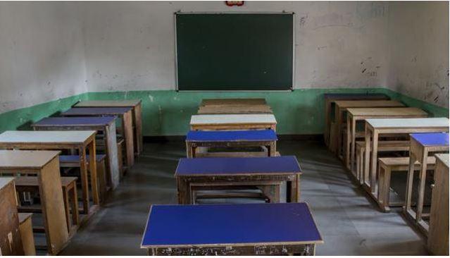 1300 school buildings lying unused in J&K