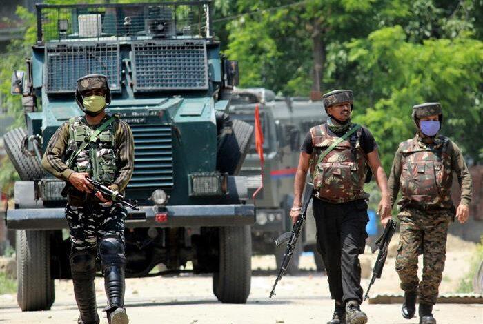 2 armymen injured in Kulgam gunfight, hospitalized