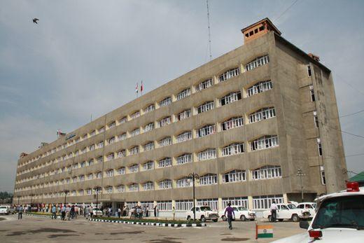 Govt Warns Secretariat Employees Over Laxity In Covid Appropriate Behavior