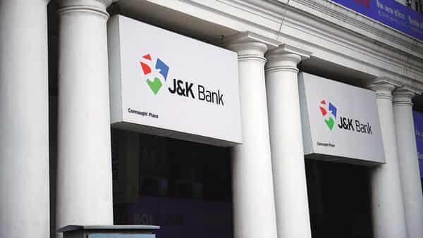 Baldev Parakash is new MD, CEO J&K Bank