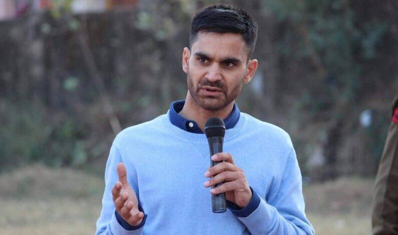 Waheed Parra Shifted Back to Central Jail Srinagar