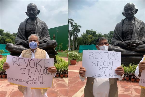 NC MPs hold protest in New Delhi, demand revocation of August 05, 2019 decisions