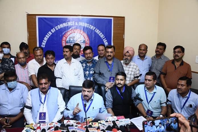 Opening of Reliance Stores & other issues: Jammu Traders allege discrimination, calls for strike on Sep 22