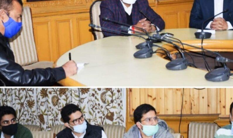 Overcharging, exploitation of tourists shall not be allowed: Div Com Kashmir
