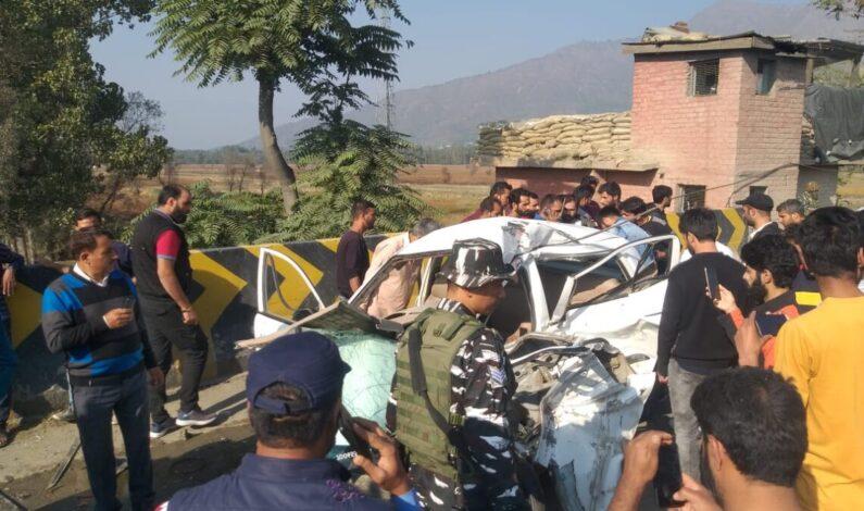 Family Head Killed, His Wife, Son Injured As Tipper Rams Car Near Lasjan Byepass