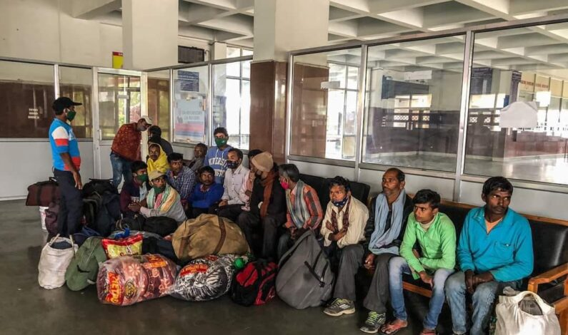 Thankful to Kashmir's hospitality; hundreds of non-local labourers press exit button